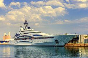 Big-Yacht