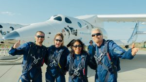 Richard-Branson-Virgin-Galactic-Flight-team